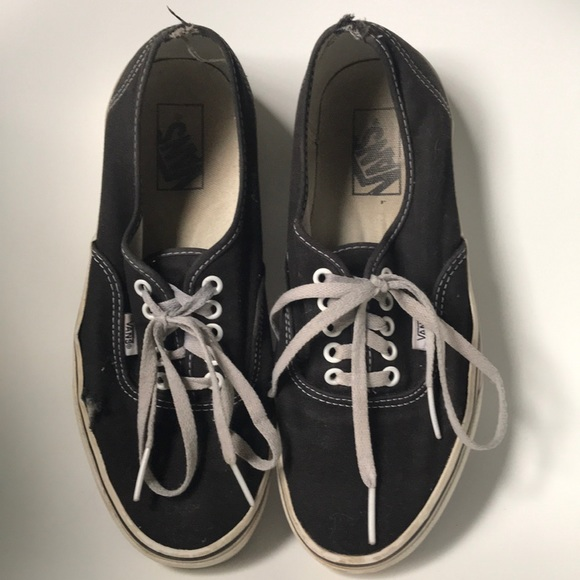544d8fad4b Trashed Vans off the wall skater shoes men s 8. M 5b9ae3f181bbc8dd8c6c02a7
